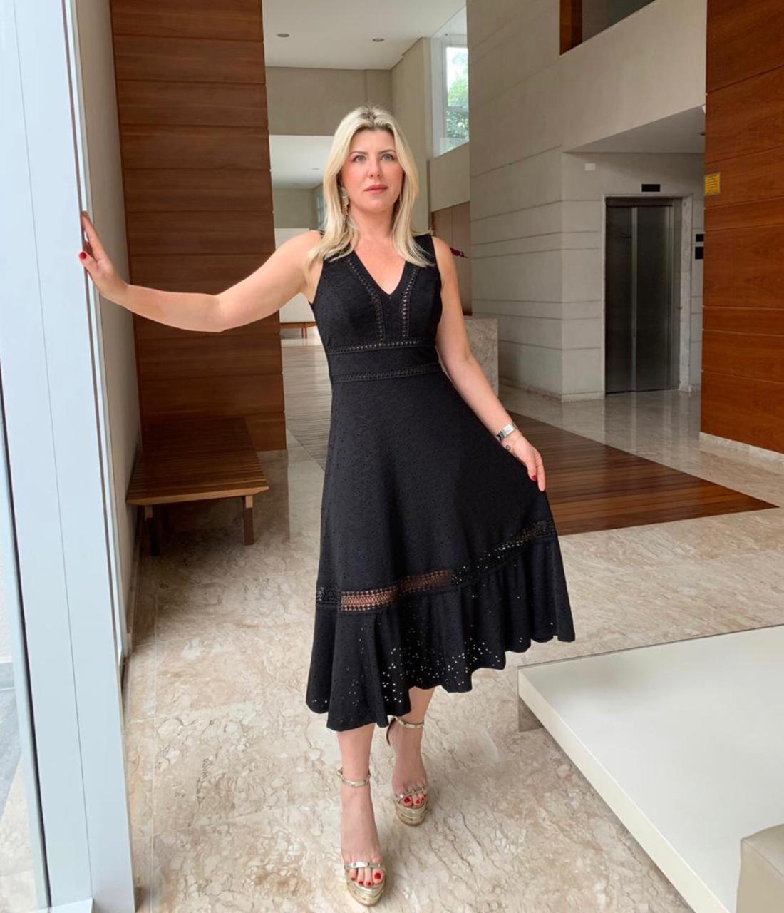 Vestido Daniele Malha  Laise Bordada detalhe em Renda