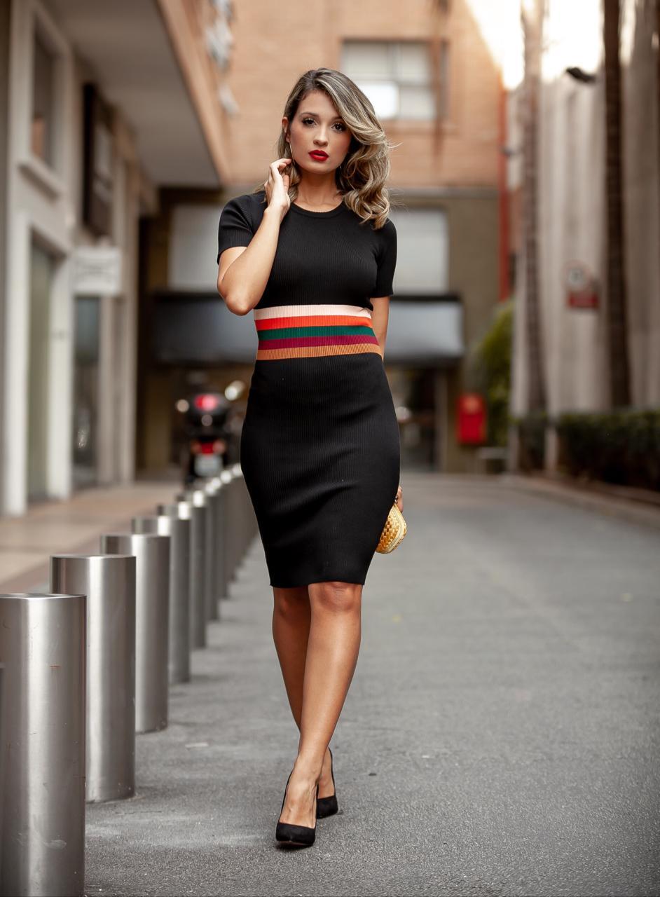 Vestido Eveline Tricot  Retilínea Detalhe Listras