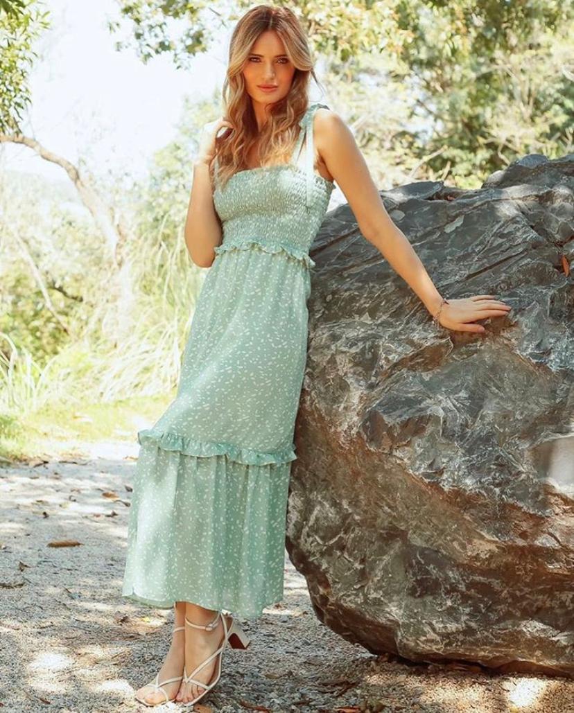Vestido Isabella Crepe Estampado Lastex Saia Babado
