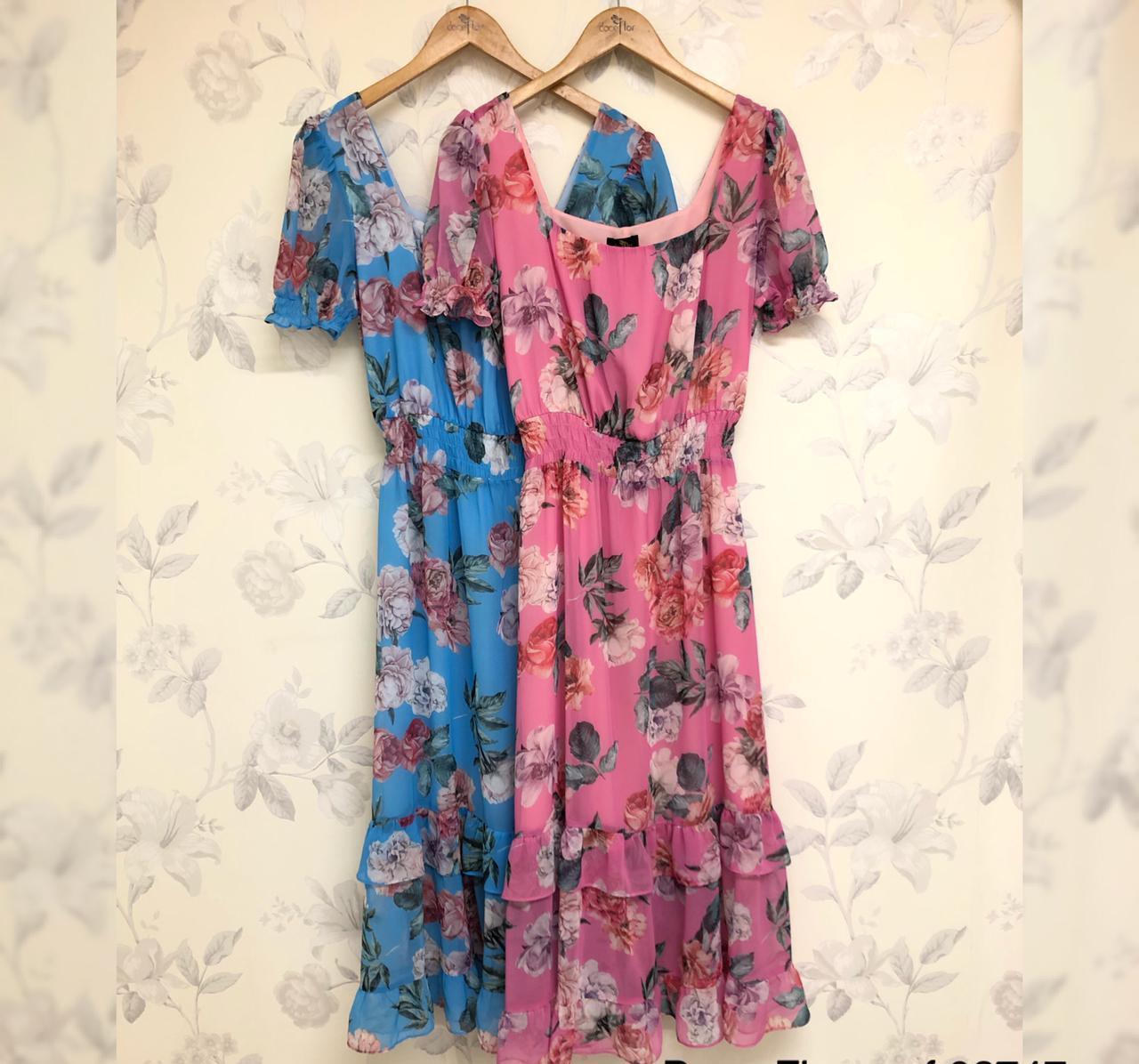 Vestido Karen Midi Crepe Floral (Forro) Detalhe Decote Quadrado Babados