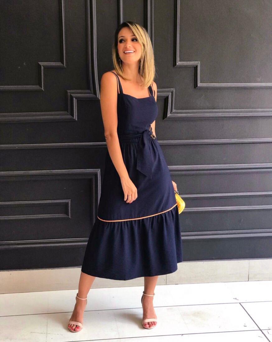 Vestido Katia Crepe Longuete Detalhe Fivela (Forro)