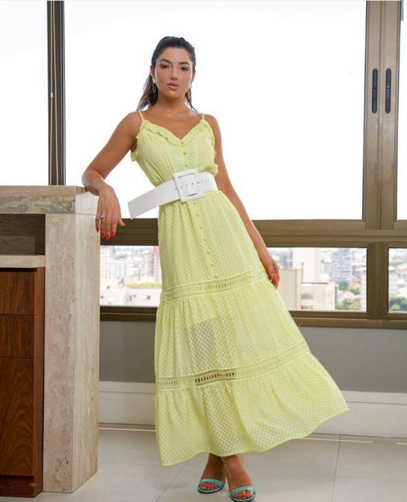 Vestido Lice Crepe Com Abertura na frente e Botões Forrados (Não Acompanha Cinto)