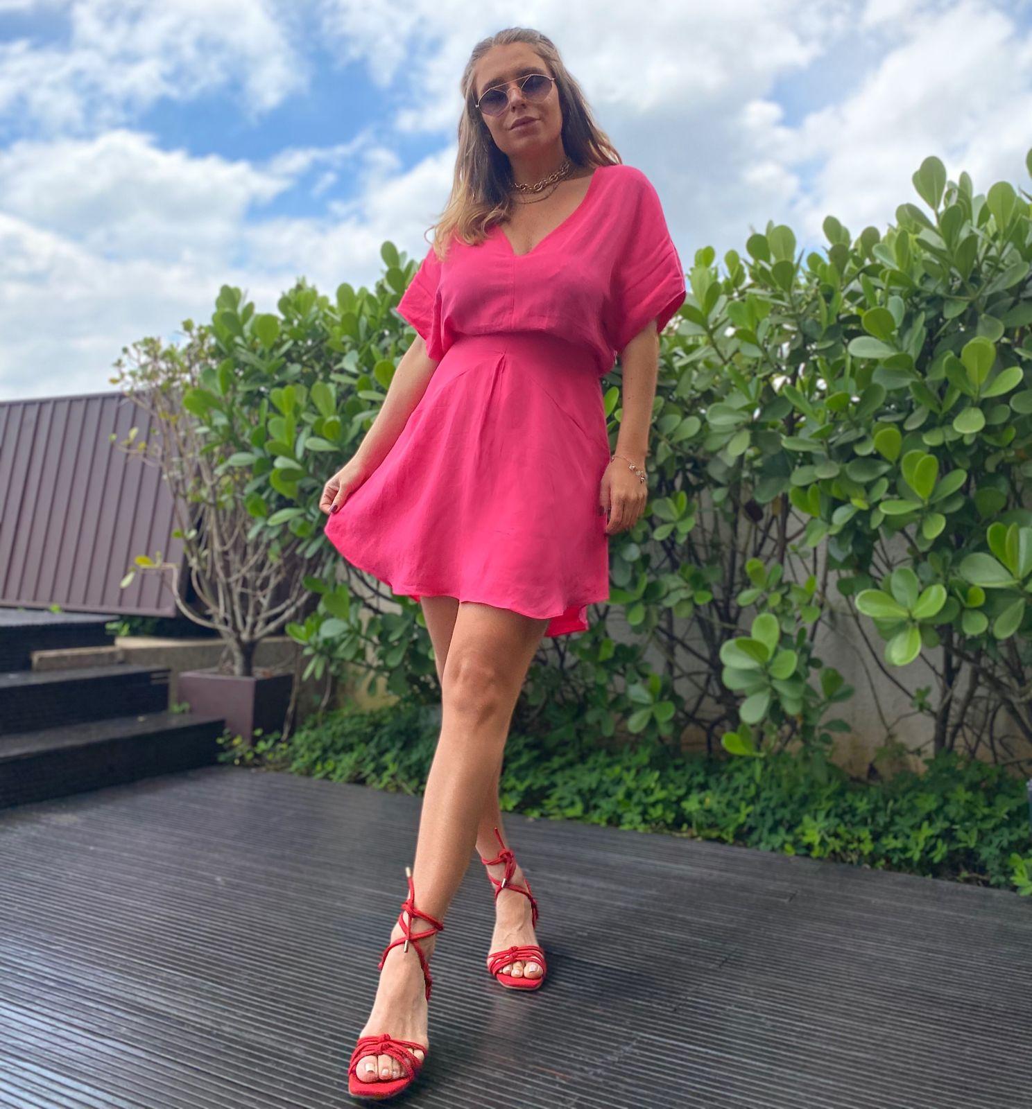 Vestido Mayte  Viscolinho Detalhe Saia Recortes