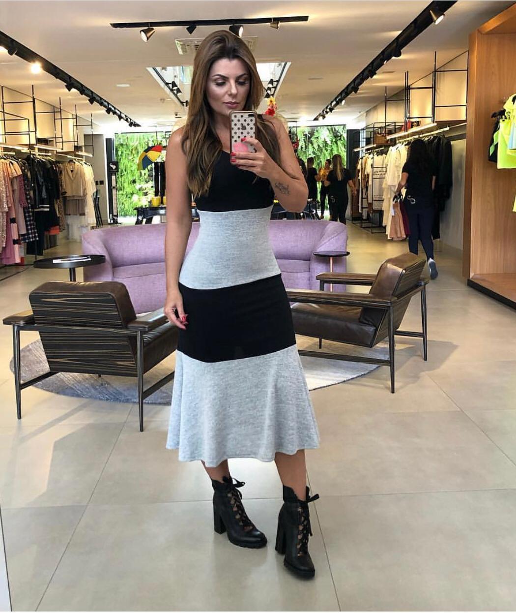 Vestido Milena Tricot Malha Bicolor (Não Acompanha cinto)