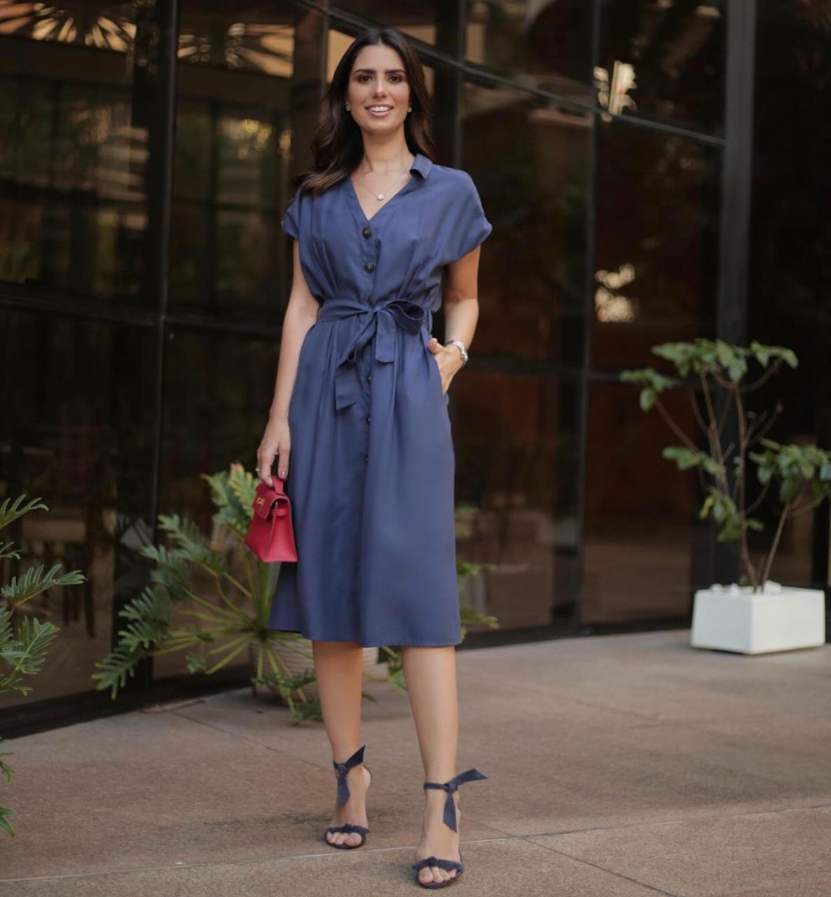 Vestido Mirela  Lyocel Detalhes Botões Frente + Faixa