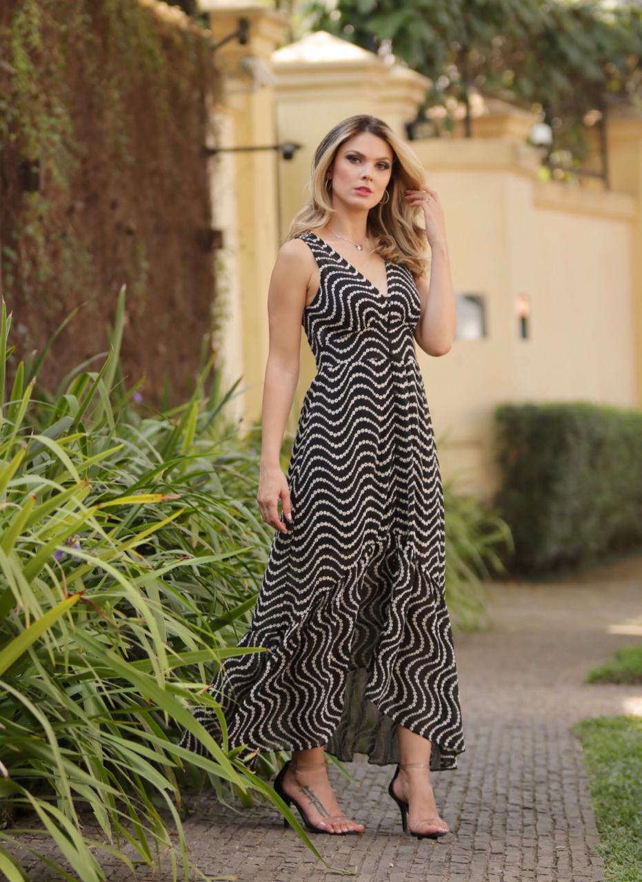Vestido Nicole Midi  Crepe Bordado + Forro