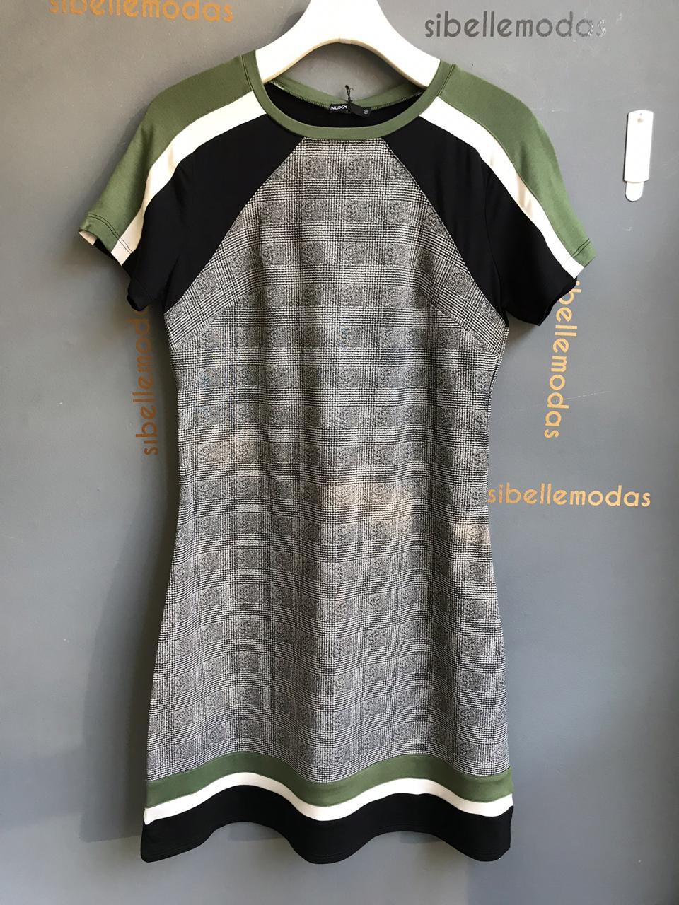 Vestido Nuxx Bengaline Xadrez  3% Elastano Cores Verde  e Caramelo