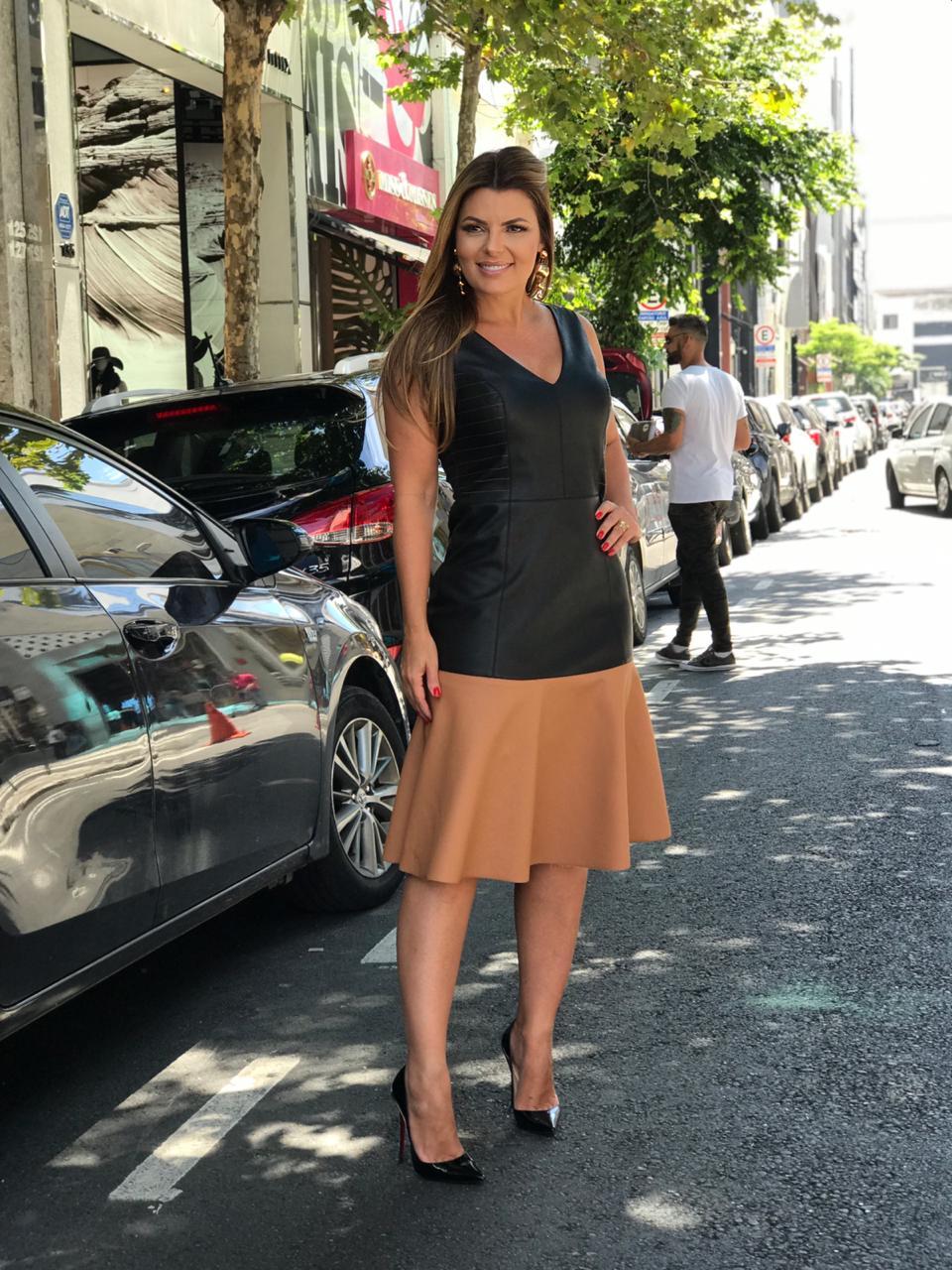 Vestido Samanta Couro Eco Bicolor