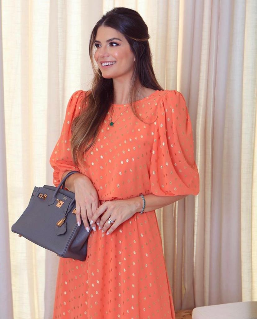 Vestido Selena Longo Em Crepe Detalhe Dourado