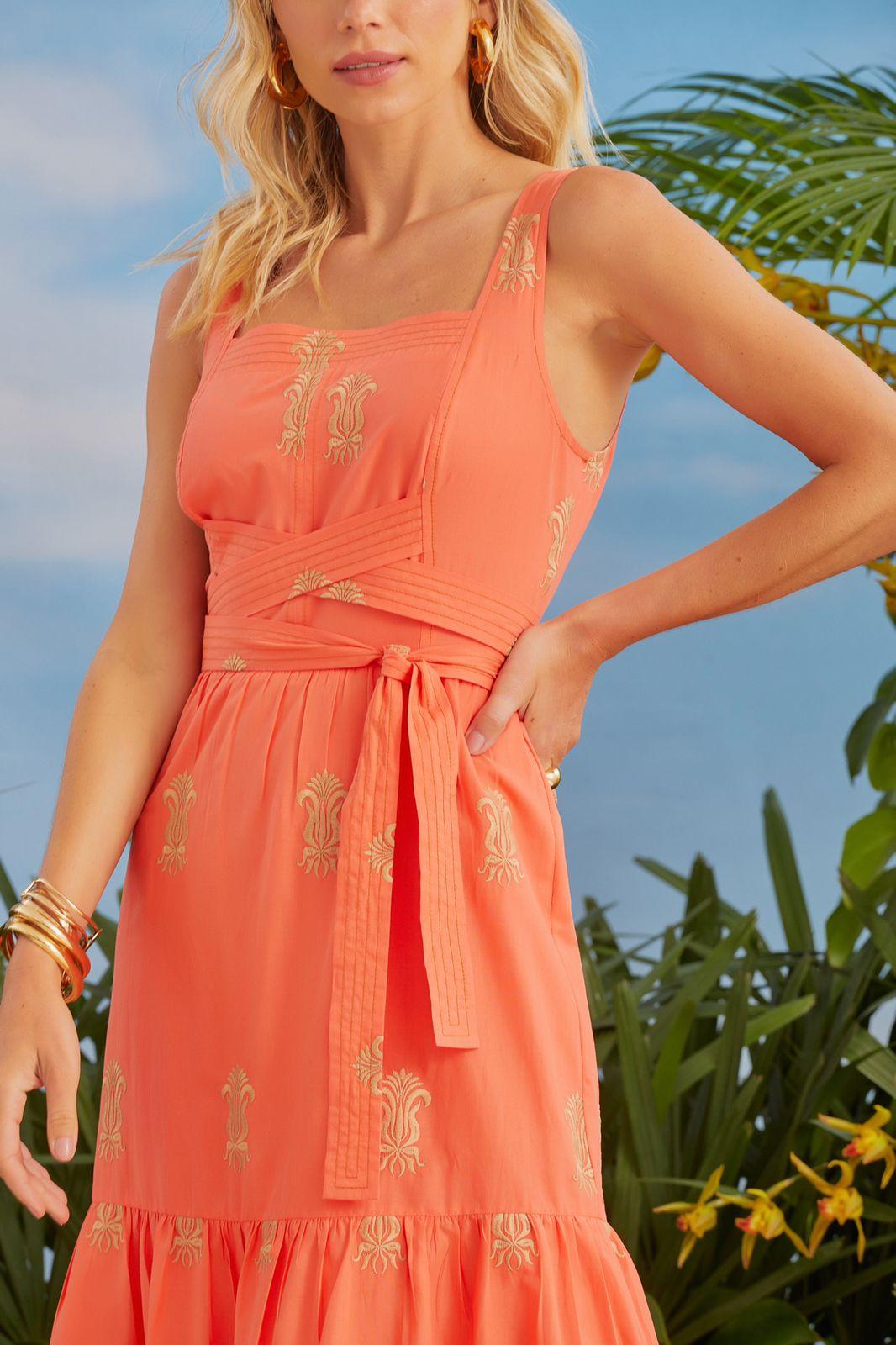 Vestido Serena Bordado Detalhe Amarração Cintura