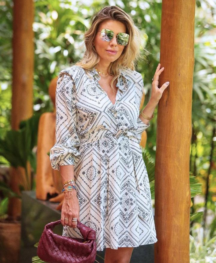 Vestido Vanessa Viscose (Forro) Detalhe Ombreiras e Faixa P/ Amarração Cintura
