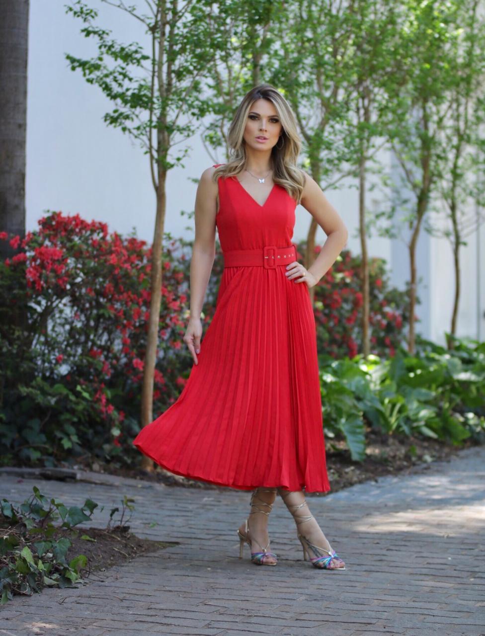 Vestido Veneza Crepe  Midi Plissado C/Cinto