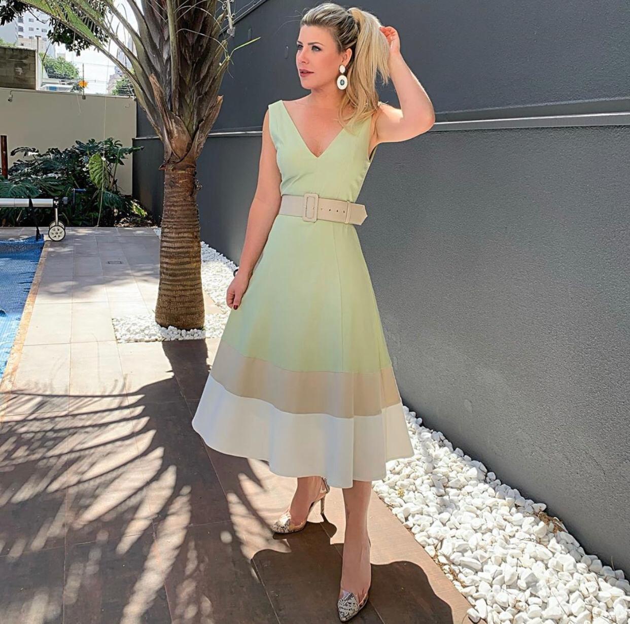 Vestido Veronica Linho + Cinto 2% Elastano
