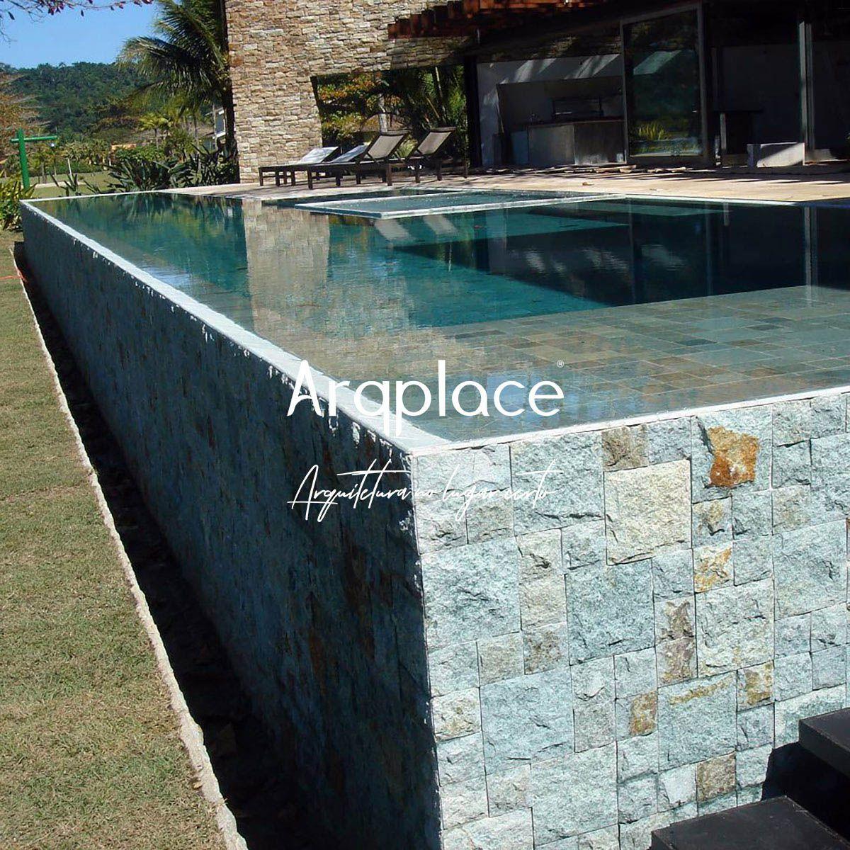 Pedra Hijau Bruta 20 x 20 cm