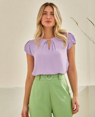 Blusa Basica em Crepe com Recorte Unique Chic