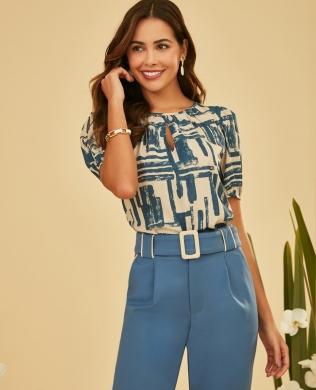 Blusa Estampada com Recorte Gota Unique Chic