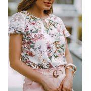 Blusa Milalai em Viscose Floral com Renda nos Ombros