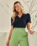Blusa Basica em Crepe com Detalhe em Laise Unique Chic