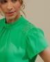 Blusa em Crepe com Aplique Floral Unique Chic