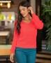 Blusa em Tricot com Decote em V Bolso e Punhos