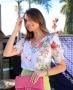 Blusa Floral com Babado nos Ombros Doce Flor