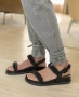 Calca Listrada com Cinto e Detalhe de Amarracao na Perna Unique Chic