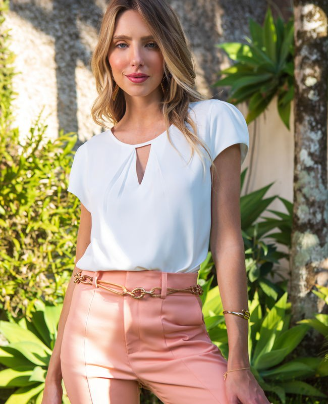 Blusa Basica em Crepe V no Decote Unique Chic