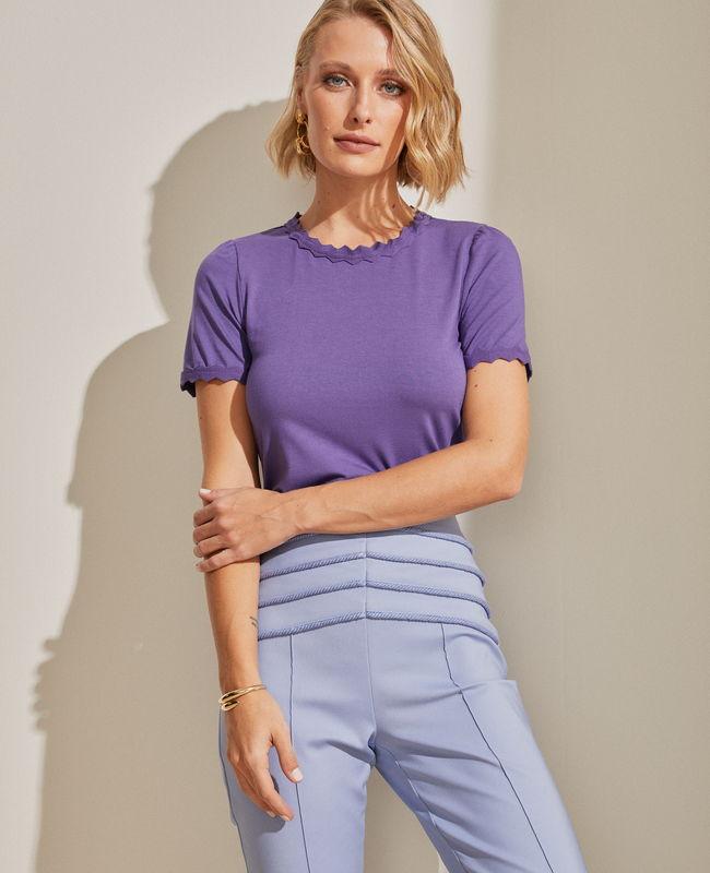 Blusa Basica Malha com Acabamento em Retilinea Unique Chic