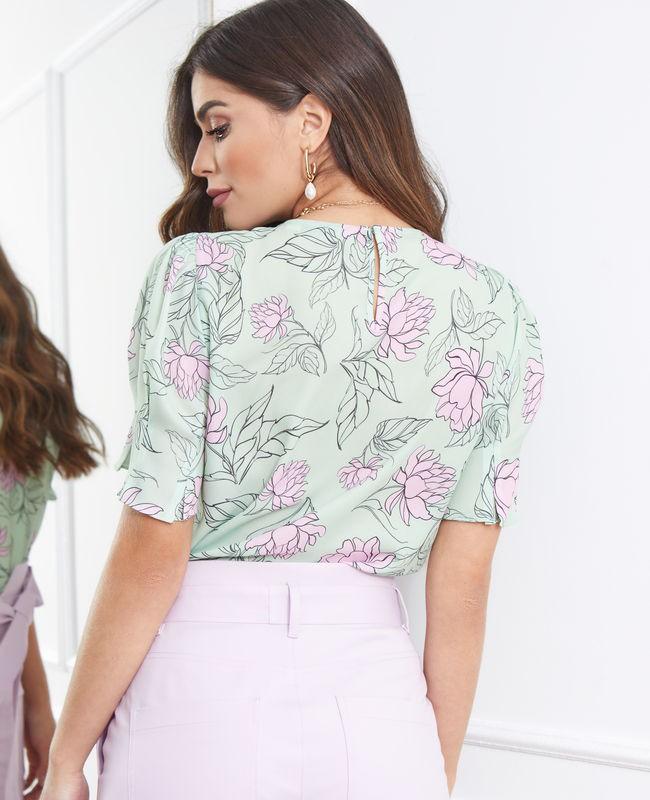 Blusa com Decote Gota Estampada Unique Chic