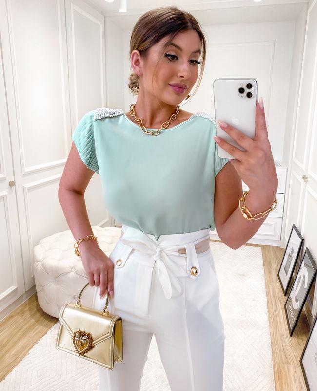 Blusa com Detalhe de Perolas no Ombro Unique Chic