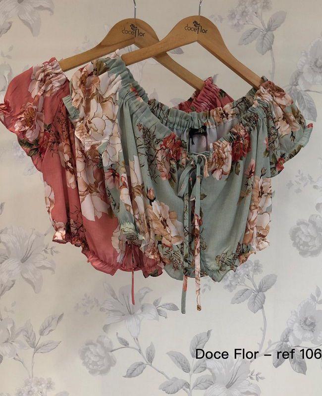 Blusa Cropped Floral com Elastico Doce Flor