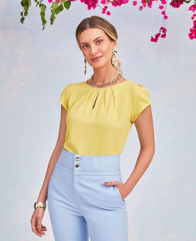 Blusa Detalhe em Gota com Pregas Unique Chic