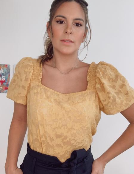 Blusa Devore Decote Quadrado Unique Chic