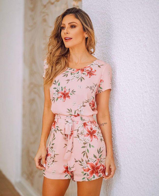 Blusa Floral Basica em Crepe Milalai
