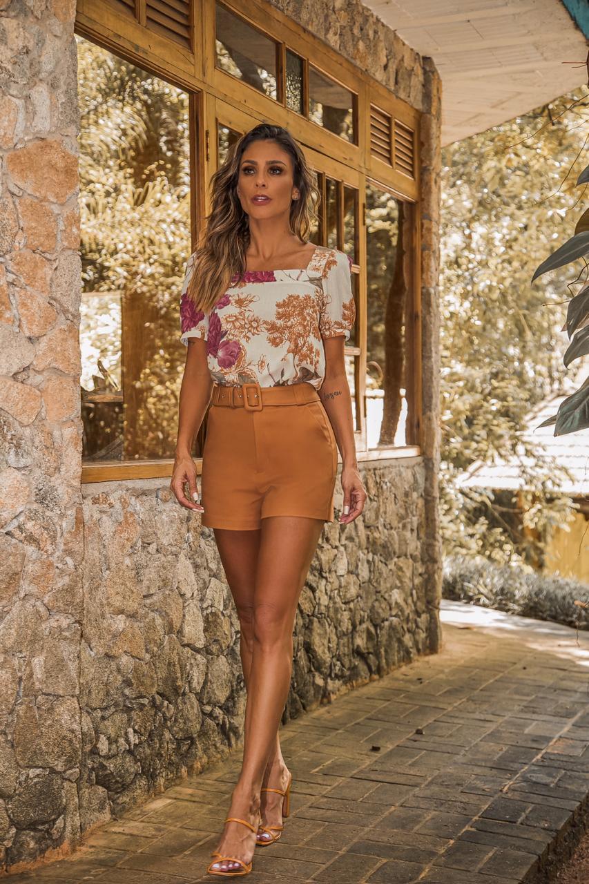 Blusa Floral em Crepe Decote Quadrado Donna Ritz