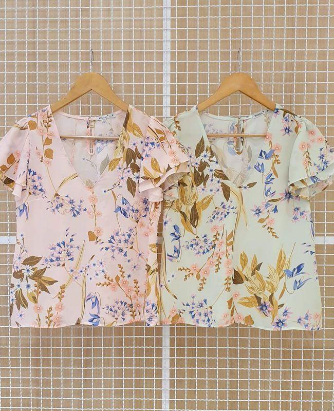 Blusa Floral Em Crepe Manga Gode e Gola V Milalai