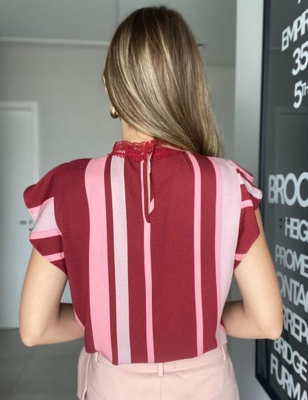 Blusa Listrada Babados Unique Chic