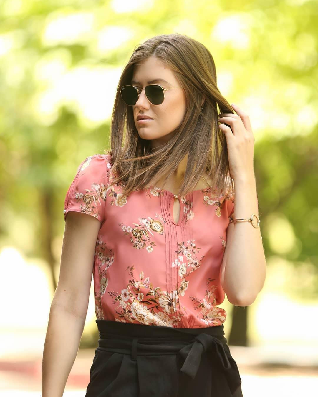 7d1e291fa moda feminina blusas e camisetas blusa manga curta com pregas no ...