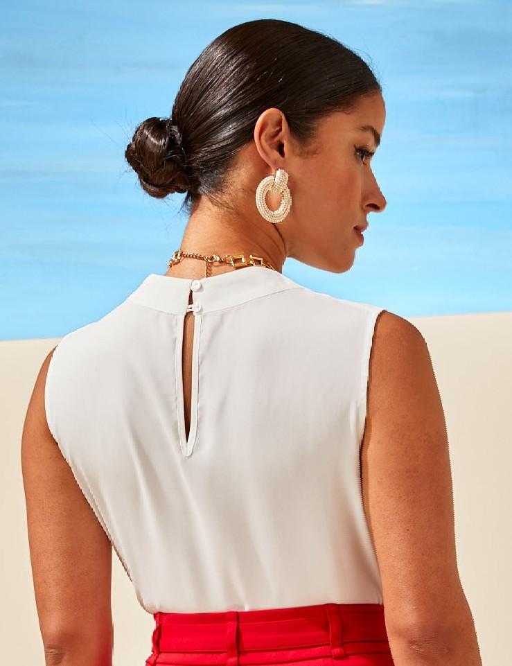 Blusa Regata com Detalhe de Pregas no Ombro Unique Chic