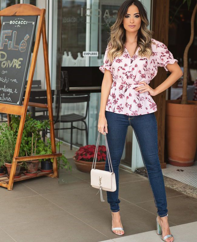 Blusa Unique Chic Floral