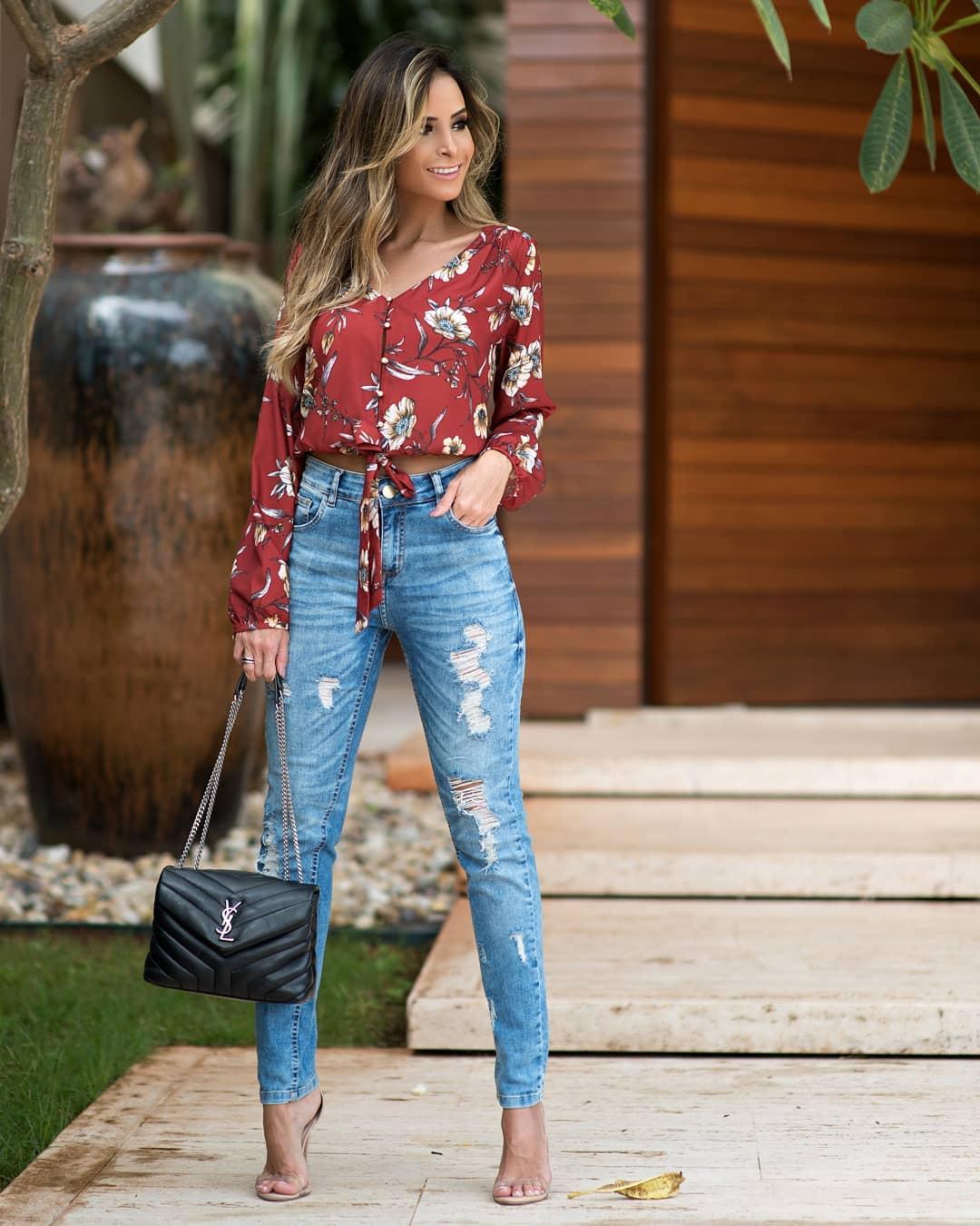 Calca Jeans Skinny com Desfiados Doce Flor