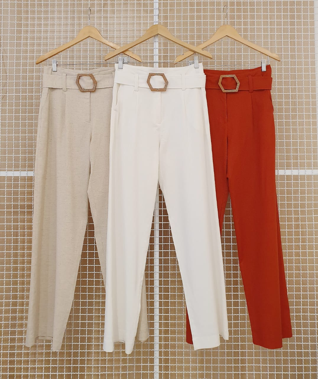 Calca Pantalona Milalai em Linho com Cinto