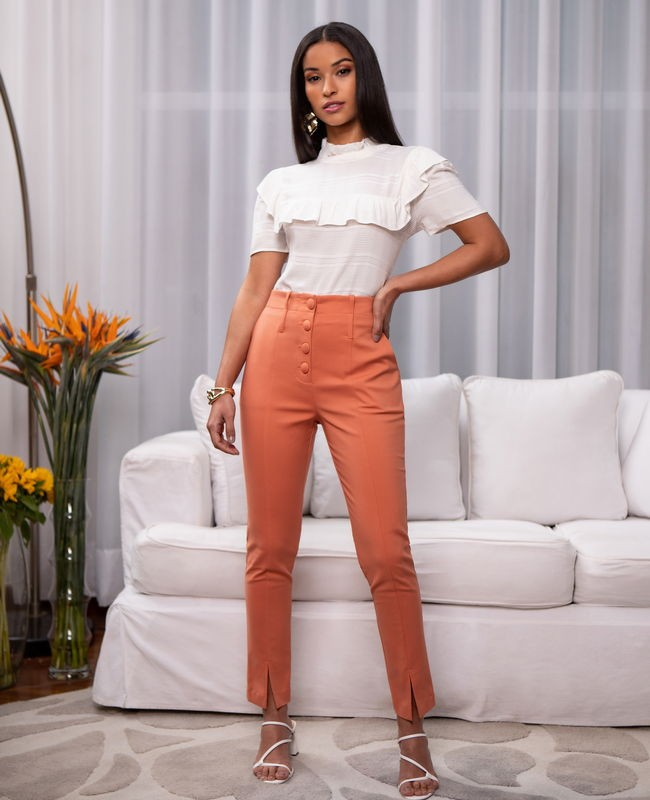 Calca Skinny com Botoes Forrados Unique Chic