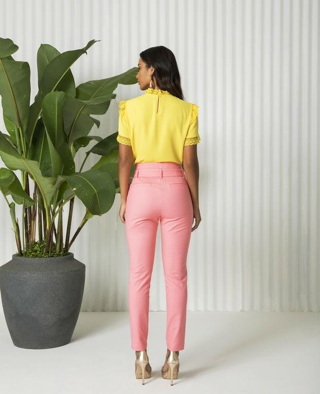 Calca Skinny com Detalhe de Cinto Fivela Unique Chic