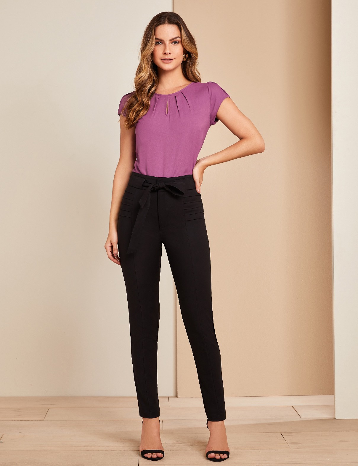 Calca Skinny Nervura Amarracao Unique Chic