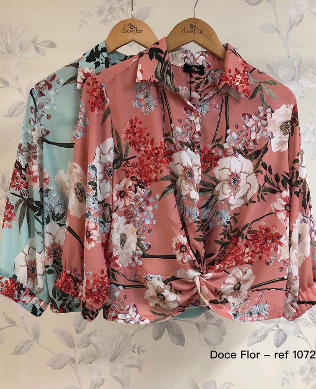 Camisa Floral com No Doce Flor