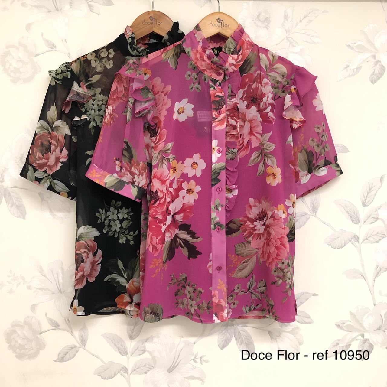 Camisa Manga Curta Floral Doce Flor em Crepe