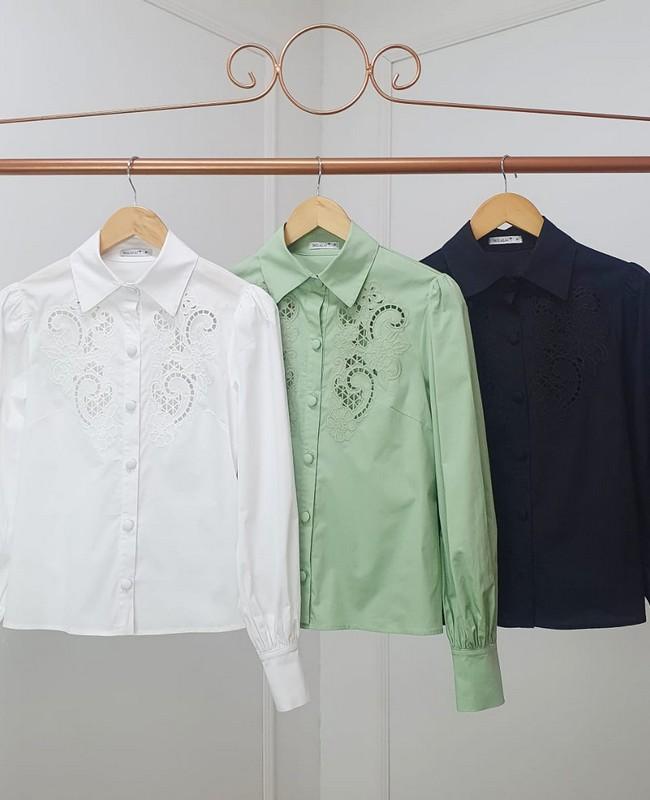 Camisa Manga Longa em Tricoline com Bordado Milalai