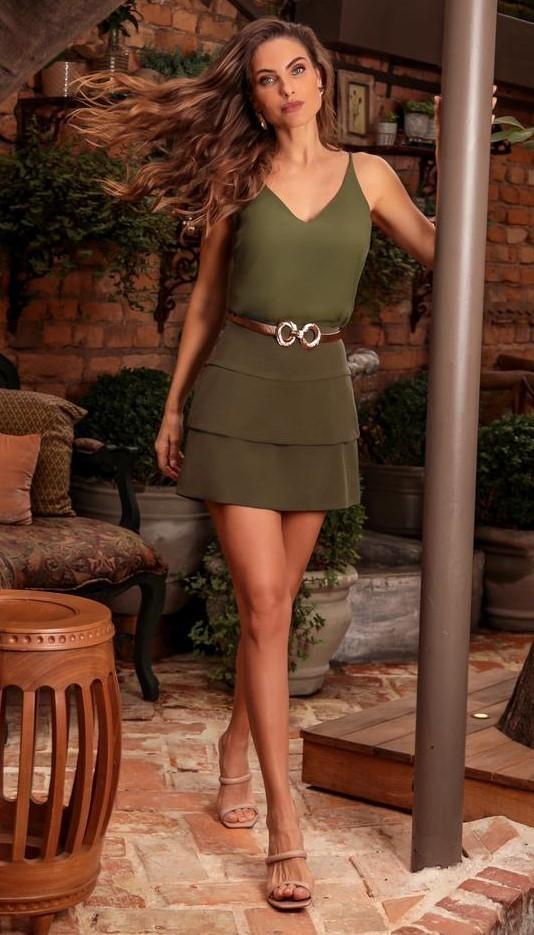 Saia Alfaiataria com Detalhe de Duas Camadas Donna Ritz