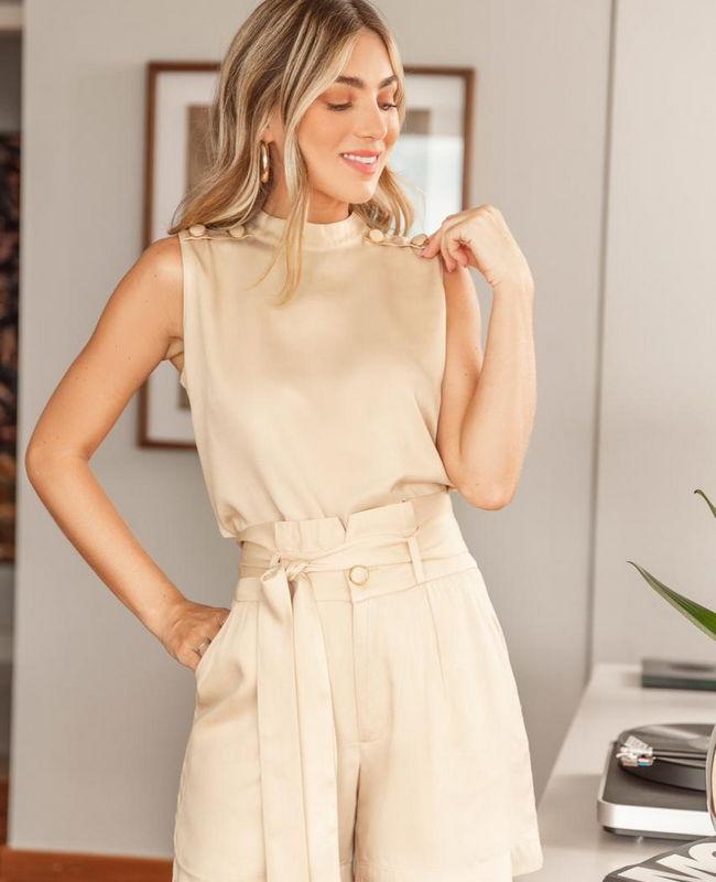 Shorts Alfaiataria com Detalhe de Cinto Faixa Milalai
